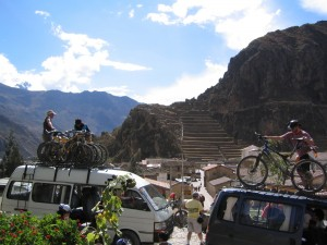 mountain biking, mountain bike peru, Ollantaytambo downhill, DH peru, Inca Avalanche, Cusco, Peru