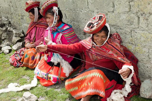 weaving, patacancha, textiles