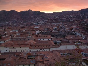 cusco sunset 300x225 Mild Adventure