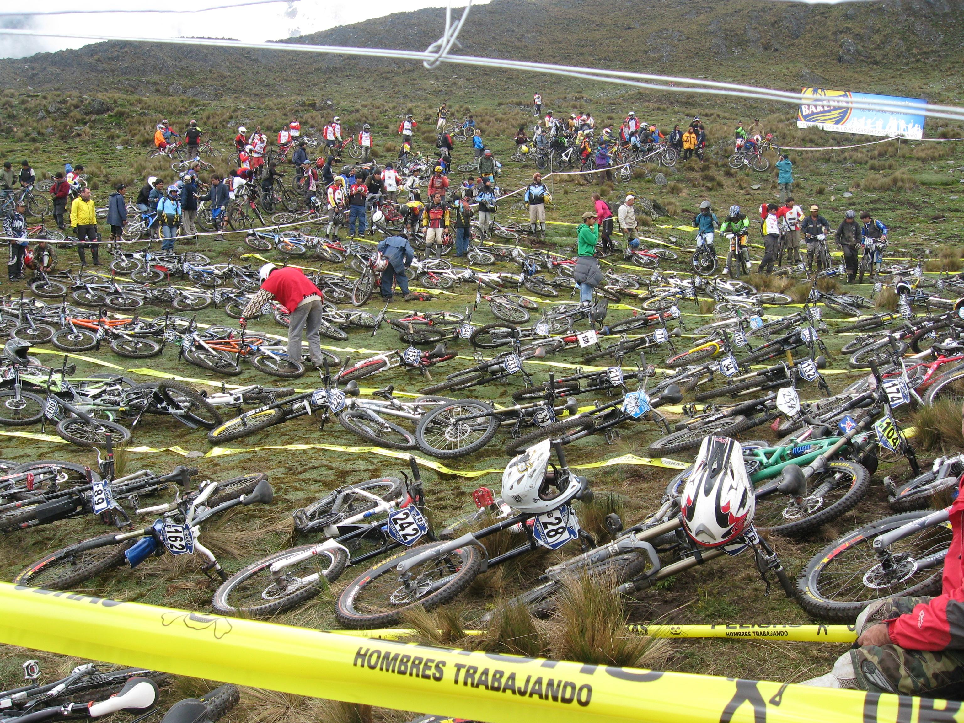 race, avalanche, mega avalanche, inca avalanche, DH, downhill, dh, mountain bike, mountain biking, Peru, mountain bike Peru