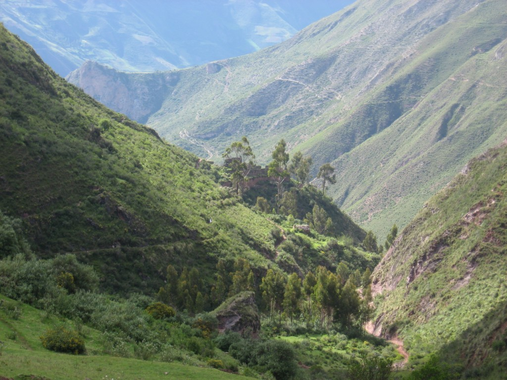 Inca Raccay, Soccma, Soccma Trek, Ollantaytambo, trekking Peru, Trekking Sacred Valley, inca trail, machu picchu, kb tours